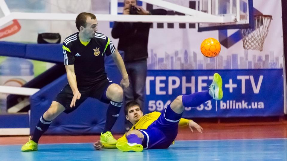 Збірна України завершує підготовку до стикових матчів зі Словаччиною