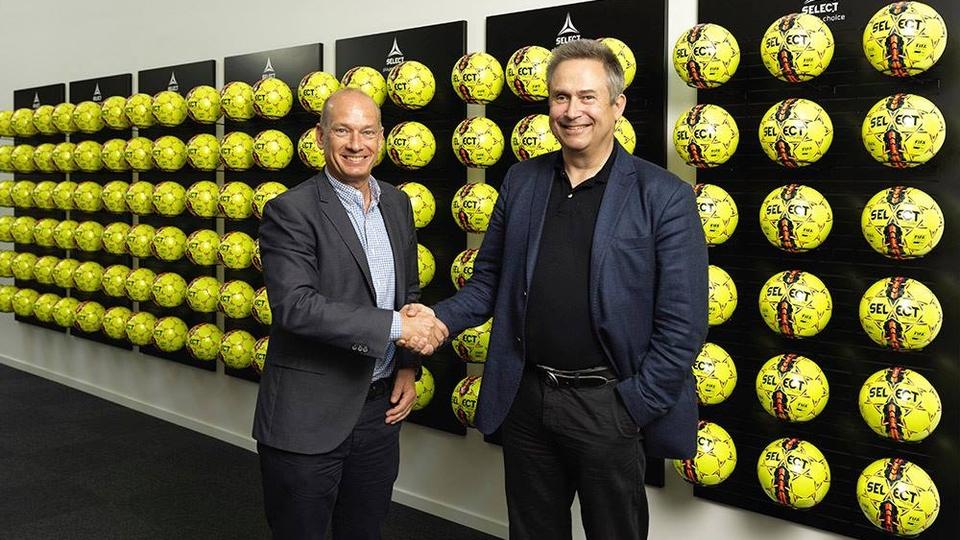 Select обрано офіційним м'ячем шведських футбольних топ-ліг