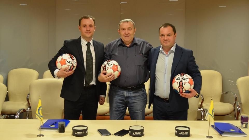 Компанія Select Sport стане технічним спонсором Шкіряного м'яча - Кубка Coca-Cola