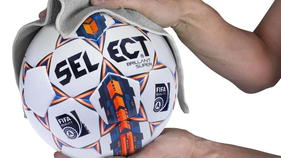Правила догляду за м'ячами Select