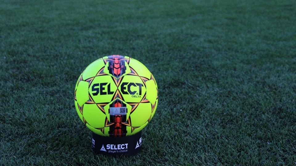 Select Delta - універсальний м'який м'яч